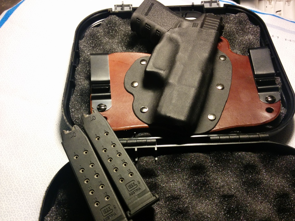 Foxy Tuck Designed for a Glock 23